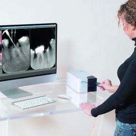 Скенер с интраорални фосфорни плаки